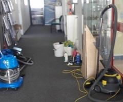 Sprzątanie domów, mieszkań, biur, mycie okien, witryn, pranie tapicerki, doczyszczanie posadzek,ozon